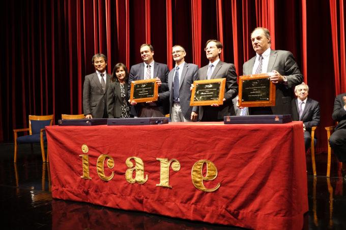 The three winners of the ICARE 2017 Award. From left to right: Seiichi Sakamoto (Director of NAOJ Chile), Paulina Bocaz (AUI, inc. Chile Representative), Stuartt Corder (ALMA Acting Director), Sean Dougherty (ALMA Elected Director), Iván Arriagada (AMSA), and Juan Sutil (Empresas Sutil). Credit: ALMA (ESO/NAOJ/NRAO)